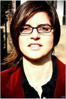 Laura Tsaggaris, Chrissy MacLean